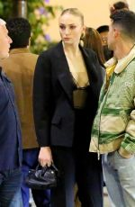 Sophie Turner Steps out for a romantic dinner date at Il Pastaio in Beverly Hills