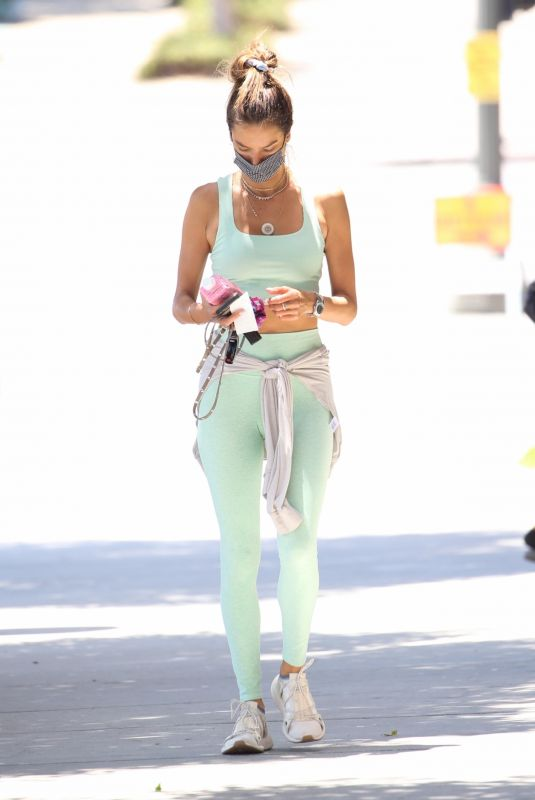 Alessandra Ambrosio Flashes a hint of her envy-inducing abs as she wraps up a Pilates class in West Hollywood