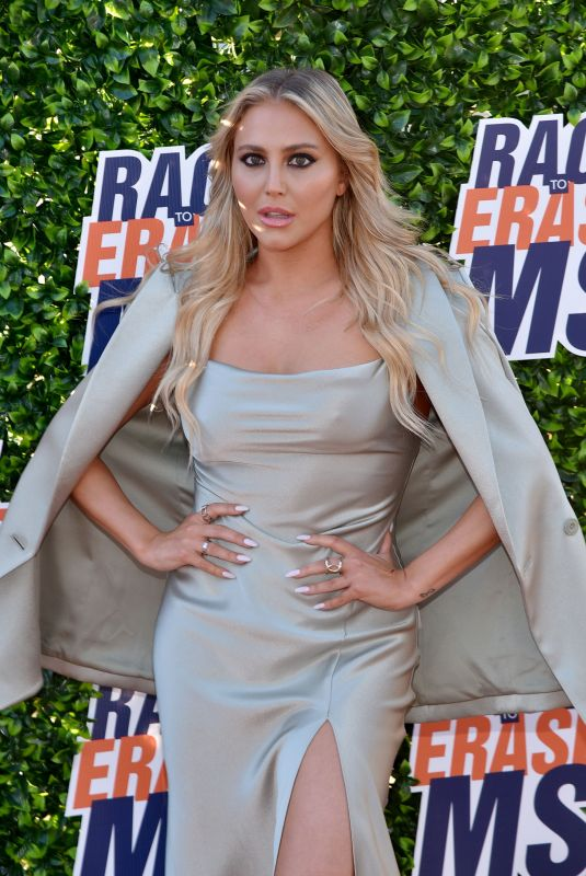 Cassie Scerbo At Drive-In to Erase MS in Los Angeles