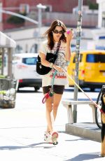Emily Ratajkowski Out with her dog Colombo in NYC