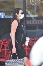 Gal Gadot Out at Mendocino Farms in Studio City