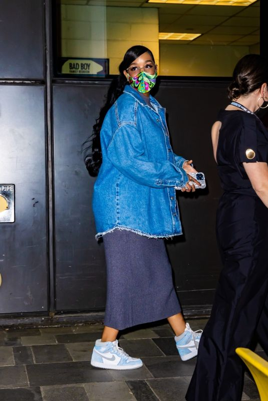 H.E.R. (Gabriella Wilson) Looks gorgeous leaving Game 7 of the Eastern Conference Semifinals in Brooklyn