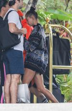 Hailey Baldwin / Bieber & Justin Bieber Arrives at the Beverly Hills Hotel for a brunch date in Beverly Hills