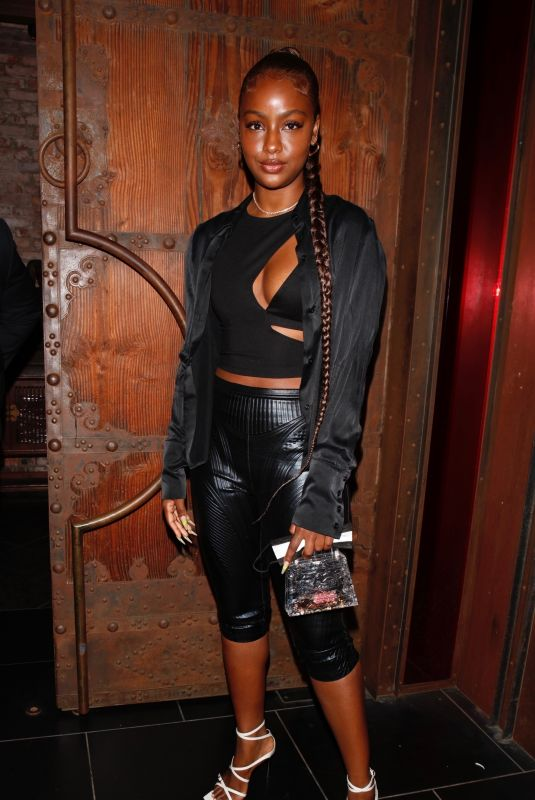 Justine Skye Steps out for a romantic dinner date at TAO in Hollywood