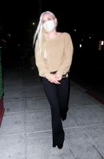 Lindsey Vonn Shows off her new beau while grabbing sushi in Beverly Hills