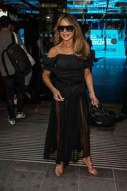Lizzie Cundy Arrives for Premiere of The Hitman