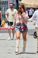 Maria Menounos Out shopping in Los Angeles