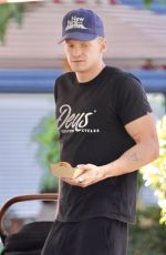 Marloes Stevens Have breakfast at Cafe on the Gold Coast
