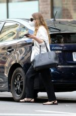 Mary-Kate Olsen Is photographed leaving her Bussiness Office in New York