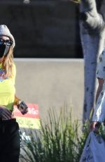 Rita Ora Grabs groceries and stop by a Vietnamese restaurant for take-out in Los Angeles