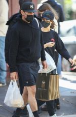 Rose Byrne And husband Bobby Cannavale Doing some last minute shop before entering a 7 days lockdown in Sydney