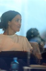 Rose Byrne Treats herself to a manicure and shopping day with her actor husband Bobby Cannavale in Sydney