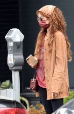 Sarah Hyland Pays for parking in West Hollywood