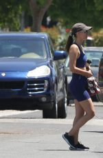 Victoria Justice Leaving her trainer