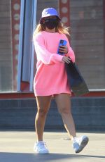 Addison Rae Greets fans after shopping at Maxfield in West Hollywood