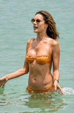 Alessandra Ambrosio Shows off her sculptured body during beach day in Florianópolis
