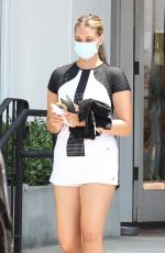 April Love Geary Stops by the Country Mart after Tennis Class in Malibu