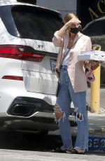 Ashlee Simpson Steps out for frozen yogurt and pizza with her son in Los Angeles