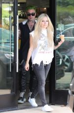 Avril Lavigne and Mod Sun go out for coffee together in Malibu