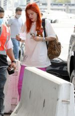 Bella Thorne Was casually dressed and not wearing makeup as she