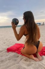 Claudia Romani Shares her best angles with our cameras