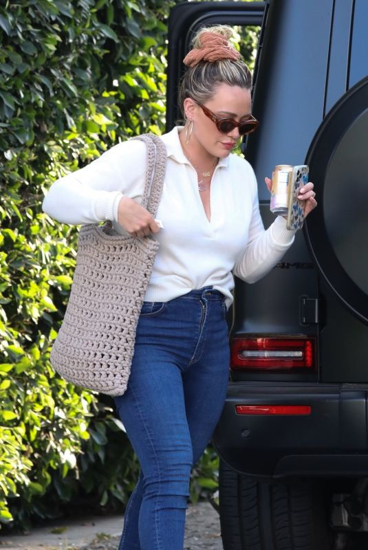 Hilary Duff Gets a new ear piercing in West Hollywood