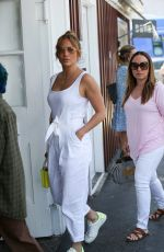 Jennifer Lopez Shopping at the Country Mart in Brentwood