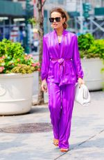 Kate Beckinsale Shopping on 5th Avenue in NYC