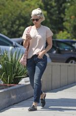 Kate Mara Meets a friend for lunch at All Time in Los Feliz