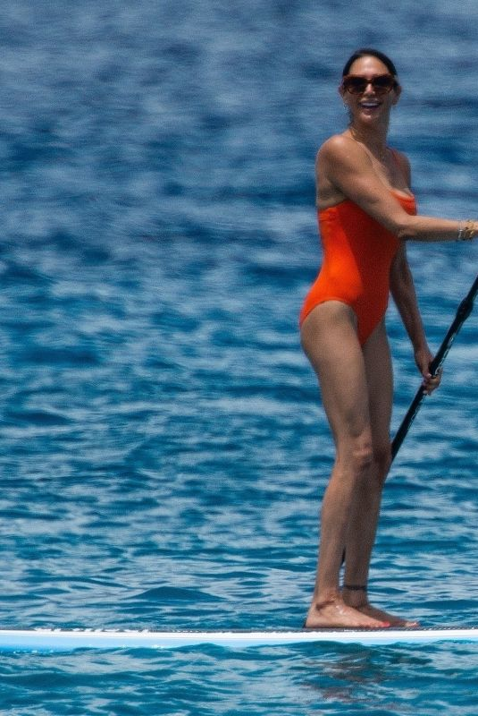 Lauren Silverman Seen riding the waves while on vacation in St. James, Barbados