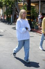 Leni Klum Goes shopping at Ron Herman after lunch at Fred Segal with her family in West Hollywood