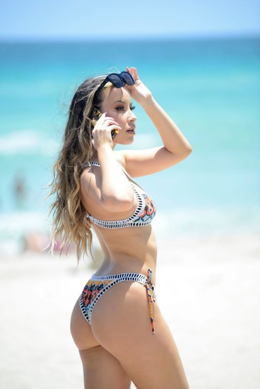 Lisa Opie Hits the beach during the start of Swim Week in Miami