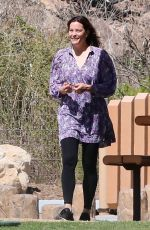 Liv Tyler Plays with her kids at a playground in Malibu with friends