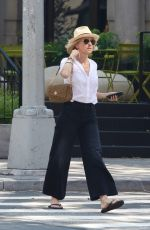 Naomi Watts Looks stylish in a fedora hat and flip-flops while running errands in Manhattan's Downtown area