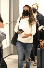 Olivia Wilde Was seen returning to Los Angeles