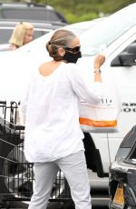 Sarah Jessica Parker Out Shopping in New York