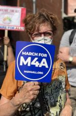 Susan Sarandon Attends the Medicare for All Rally at Alexandria Ocasio-Cortez Office in the Bronx, New York