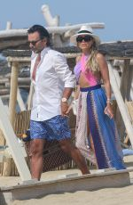 Sylvie Meis Shows her incredible body in a vintage swimsuit in Saint Tropez