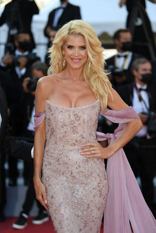 Victoria Silvstedt At Red Carpet for the movie Three Floors (Tre Piani) during the 74th Cannes International Film festival