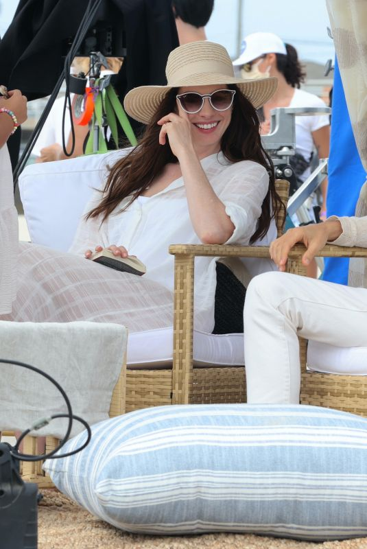 Anne Hathaway Spotted filming a
