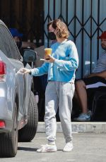Aubrey Plaza Grabs an iced coffee in Los Angeles