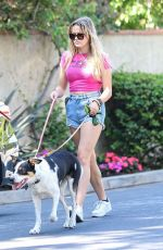 Ava Elizabeth Phillippe Takes the family dogs out for a walk in Brentwood