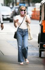 Emma Roberts Was spotted walking around in New York