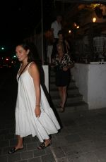 Gal Gadot And friends have a fun night out in Rotchild Street outside Cantina restaurant in Tel Aviv, Israel
