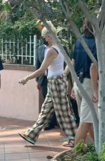 Gwen Stefani Spotted leaving her hotel in San Diego