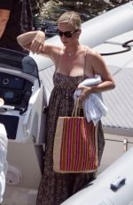 Katy Perry Out for lunch in Capri
