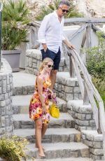 Lady Kitty Spencer Enjoys a spot of lunch out in Positano