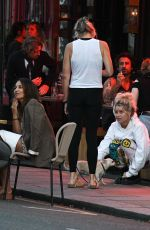 Lottie Moss And friends having an al fresco meal at Gold restauarnt in Notting Hill on Monday evening