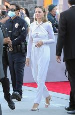 """Margot Robbie Greets fans at the Warner Bros. premiere of """"The Suicide Squad"""" at Regency Village Theatre in Westwood"""