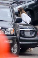 Olivia Wilde Dropped off and picked up by a driver as she attends a casual weekend meeting at a Los Angeles residence